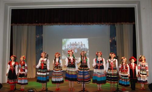 Нар. фольк. кол. ЗАБАВУШКА,г. Луганск